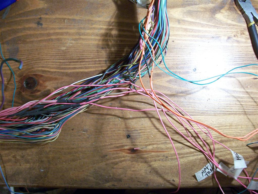 Vortec 48 53 60 Wiring Harness Info Lm7 Route All Pink Wires Along With Fuel Pump Relay Wire